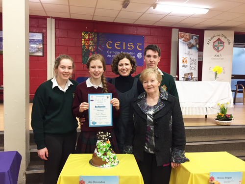 Ava Hovendon from Presentation College Athenry, in the presence of her grandmother, her mother AnnMarie (former student of Árd Scoil na Tríonóide, Athy, Co. Kildare and 2 cousins who are both currently attending Árd Scoil na Tríonóide, Athy, Co. Kildare.